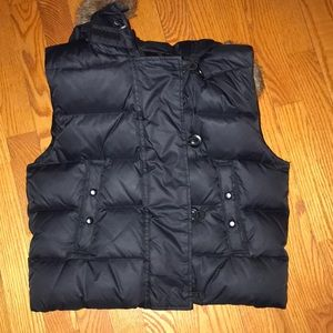 Gap Black Vest with Fur brown hood